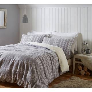 Sivé mikroplyšové obliečky Catherine Lansfield Alpine Fleece, 135 x 200 cm