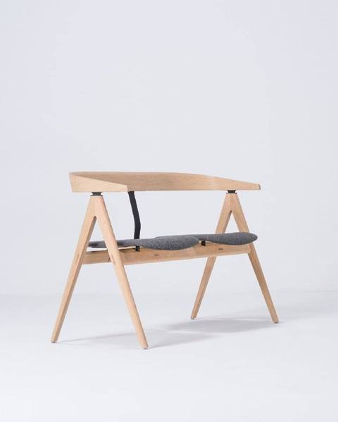 Gazzda Lavica z dubového dreva so sivým sedadlom Gazzda Ava